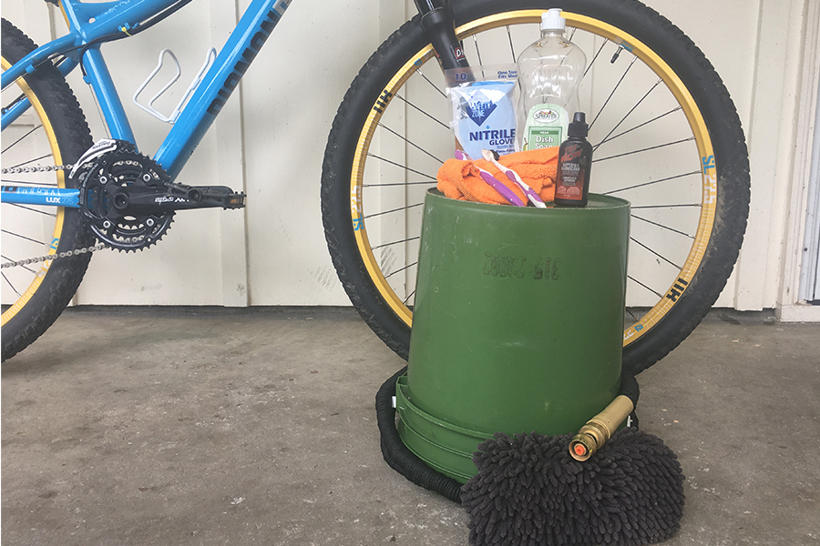 Picture of various bike-cleaning supplies.